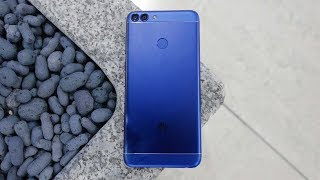Новий Huawei P Smart - Огляд