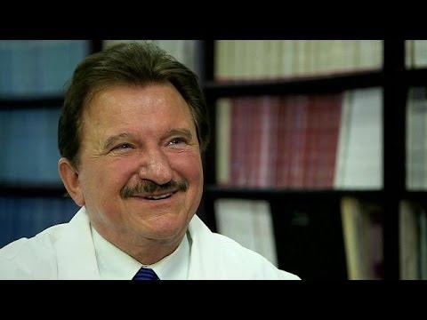 Dr Stanisław Burzyński - nowotwór to wielki biznes [lekarstwo na raka] 2010 cz.1