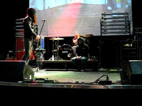 Underoath (Soundcheck) Edmonton..Created Void..