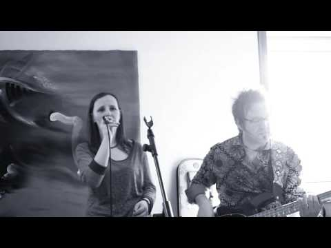 John Farnham - You're The Voice (LIVE Acoustic Cover by Melanie Mau & Martin Schnella)