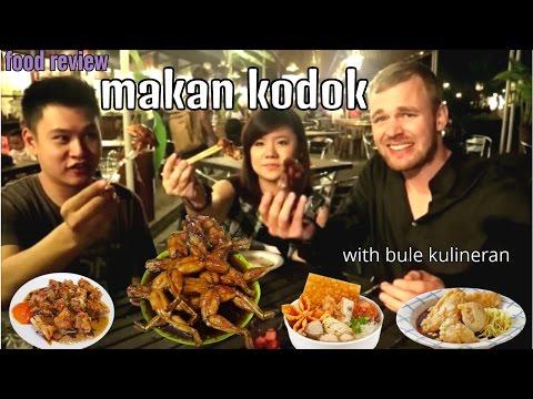 """""""food-review""""-swike/kodok-&-jajanan-populer-di-indonesia-with-bule-kulineran"""