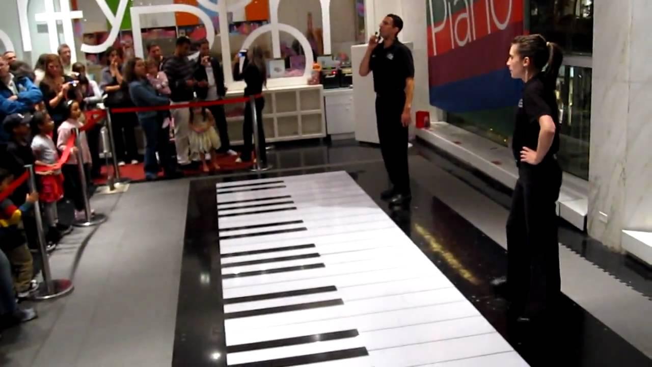 Piano in big : Hillwood museum & gardens