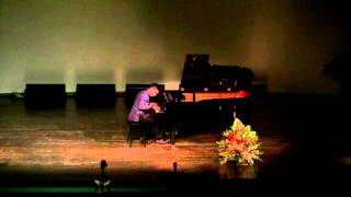 Chopin - Etude Op.10, No.12 in C minor,  Revolutionary - Lorenzo