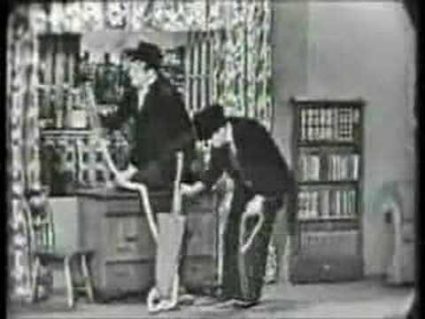 Garry Moore Show - 1958 - The Vacuum Cleaner Salesman