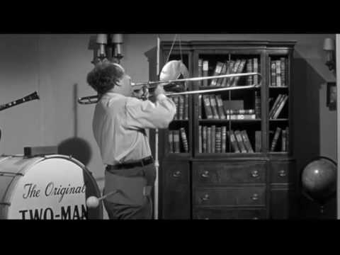 The Three Stooges: Guns a Poppin'