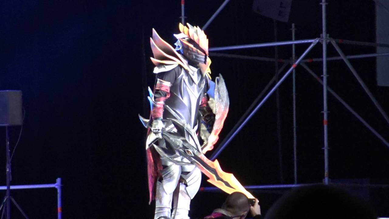 Dragon Knight Cosplay Dota  Japan Expo  Hd Contest