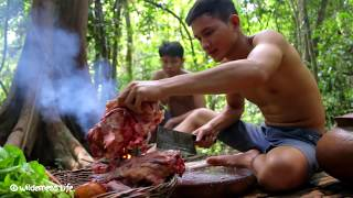 Yummy Tail Cow Soup Recipe - Cooking Tail Cow Soup for Dinner in Forest