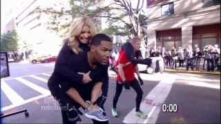 Michael Strahan & Kelly Ripa Wife Carrying Contest