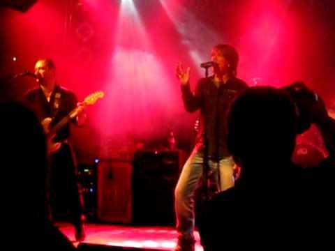 Peter Cmorik - Mám ťa rád (live)