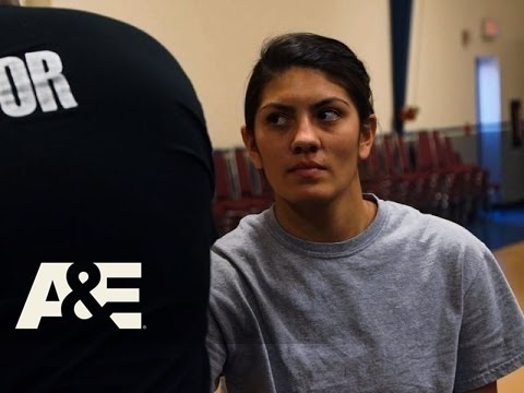 Behind Bars: Rookie Year: Does Ariel Have What It Takes to Be a Good CO? (Season 1, Episode 1) | A&E