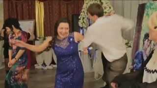 Выкуп невесты на свадьбе. Танцевальный выкуп невесты.