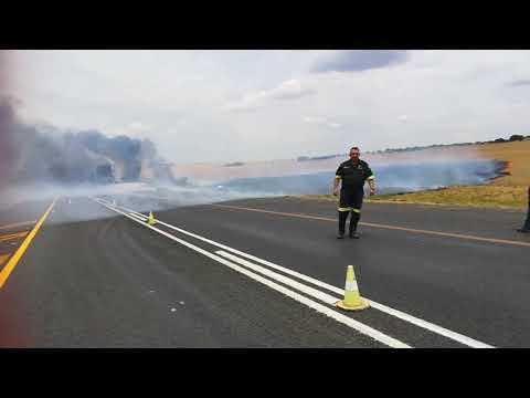 Omstanders stig brand omdat hulle nie kan plunder