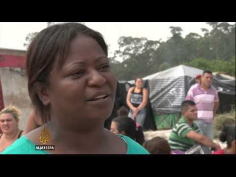 Thousands occupy land near Brazil stadium