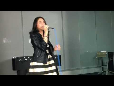 Marya Genova - Haruskah Ku Mati Live at Liputan6.com - 130215