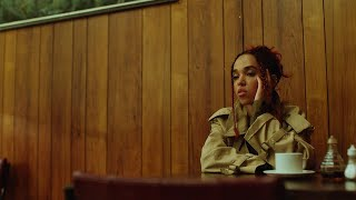 FKA twigs - sad day