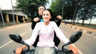 Akim - Inilah Cinta [HD] (with English and Malay lyrics)