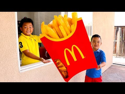 Lyndon & Alex Pretend Play French Fries Fast Food Drive Thru Restaurant Toy Store