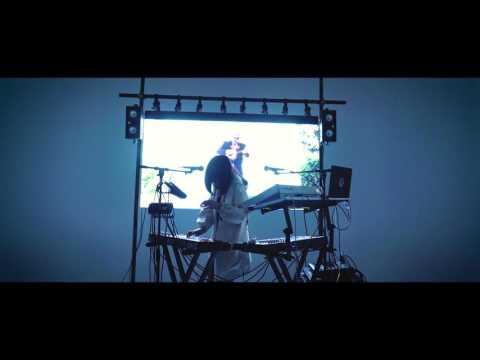 Elohim - Hallucinating (Buzzsession)
