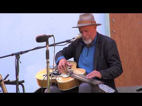 Harry Manx & Kevin Breit  'Live on the Lawn' at 96.5 CHFR  ⚐ Hornby Festival 2018