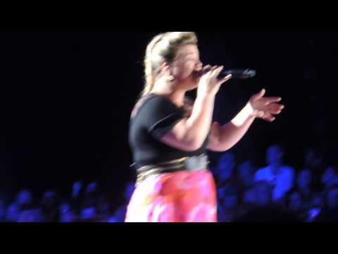 Kelly Clarkson - Second Wind - Live - 2015 Piece By Piece Tour - Cincinnati, Oh