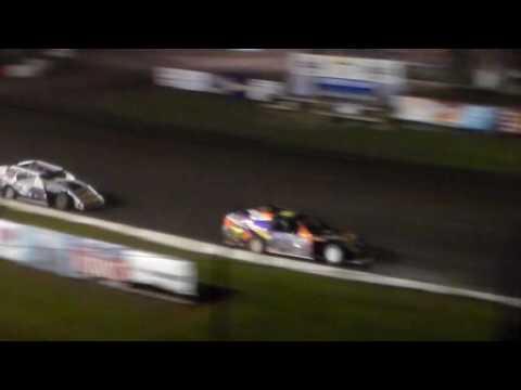 Modified Amain @ Hamilton County Speedway 08/09/16