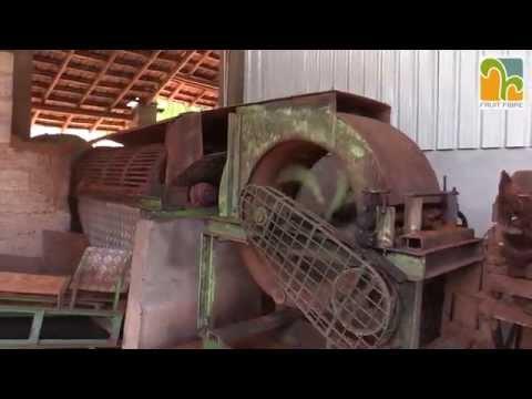 Sri Lanka - processing coconut husk - 2015