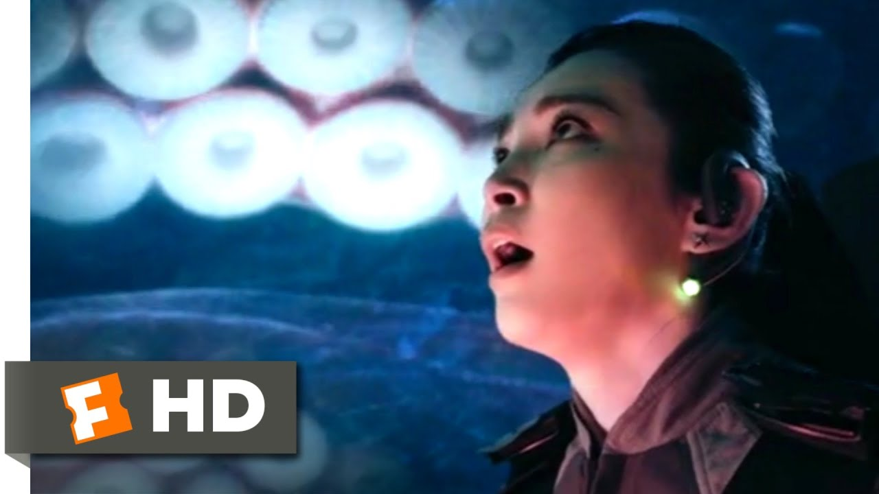 The Meg (2018) - Giant Squid Attack Scene (1/10) | Movieclips