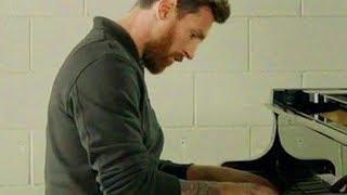 Lionel Messi joue au piano la musique de la Champions League