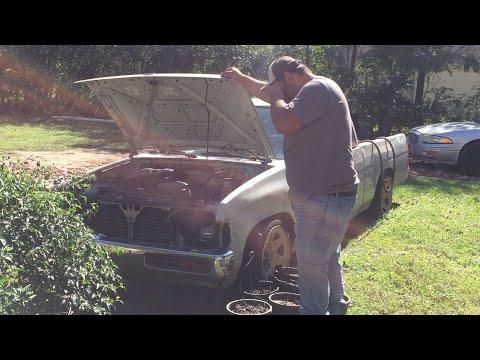 Taking a look at my slammed Nissan hardbody!