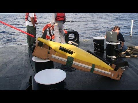 US demands China return underwater glider