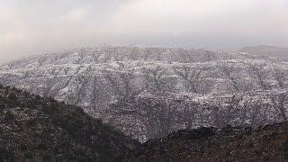 في مشهد نادر سحابة شمال الباحة ذات البرد تكسو جبال المكاتيم بياضاً السبت 2 أبريل 2016م