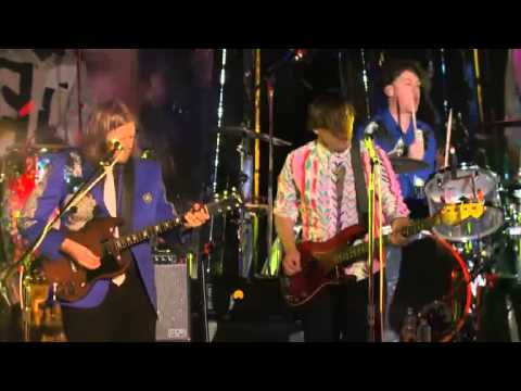 Arcade Fire - Here Comes The Night Timelive from Capitol Studios. October 29, 2013.