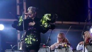 Björk - Stonemilker (Vulnicura Live)