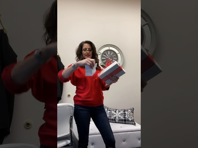iPad WINNER! Lori Olson Gives Back