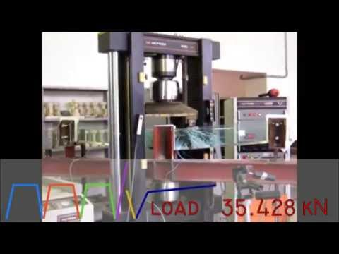 Load Test of a heat-strengthened glass beam -  Prova di carico di una trave in vetro indurito
