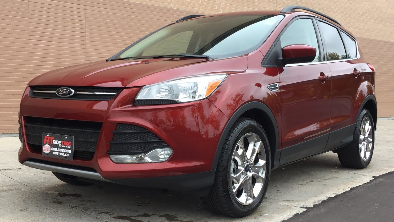 2015 Ford Escape SE 4WD - Chrome Alloy Wheels, Backup Camera, Heated Leather Seats