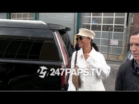 Rihanna Visits an Art Gallery in NYC while Showing off her Savage X Fenty Lingerie 051018