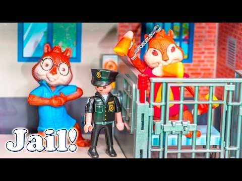ALVIN AND THE CHIPMUNKS Nickelodeon Alvin Goes Away Candy Prank Toys Video Parody