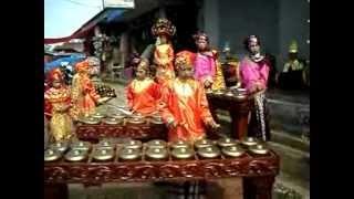 Musik Instrumen Talempong Tradisional Minangkabau Sanggar Artindas