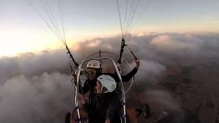 Volando en las nubes MALLORCA PARAGLIDING