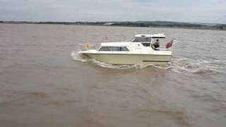 Pleasure Boat Trip from Hull on the Humber in Bad Weather.MPG