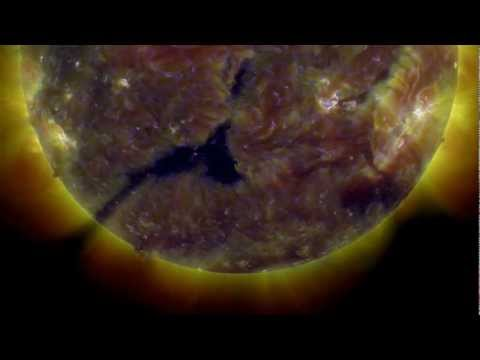 Earth facing position - Coronal Hole (CH560) | March 14, 2013