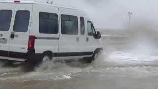 Приморско-Ахтарск, ураган в сентябре 2014(Ни кто не ожидал, что тихий осенний вечер к утру превратится в жестокий шторм, переходящий в ураган от юго-юг..., 2014-09-25T12:58:46.000Z)
