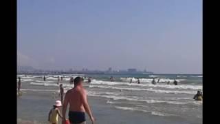 Анапа 2016 ДЖЕМЕТЕ Видео Шторм Черное море Песчаный пляж возле Аквапарка Тики Так(АНАПА ЦЕНЫ 2016. Видео ОБЗОР ЦЕН июль 2016 на ПРОДУКТЫ ЦЕНТРАЛЬНЫЙ РЫНОК АНАПЫ. Отдых на море. https://goo.gl/V0xAZC Анапа..., 2016-08-08T07:56:09.000Z)