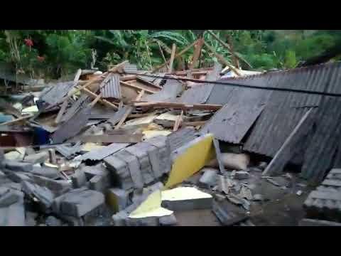 Earthquake Lombok - Nothing but destruction. What's next? Erdbeben Lombok-Nichts als Zerstörung.
