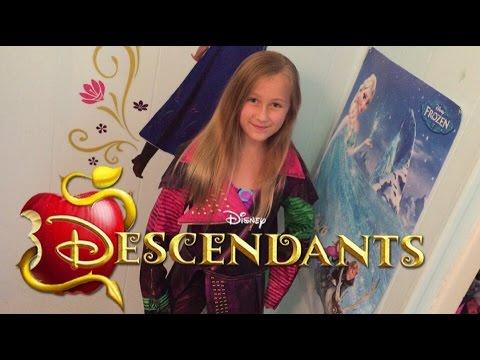 disney-descendants-movie-mal-dress-up-costume-cosplay-review