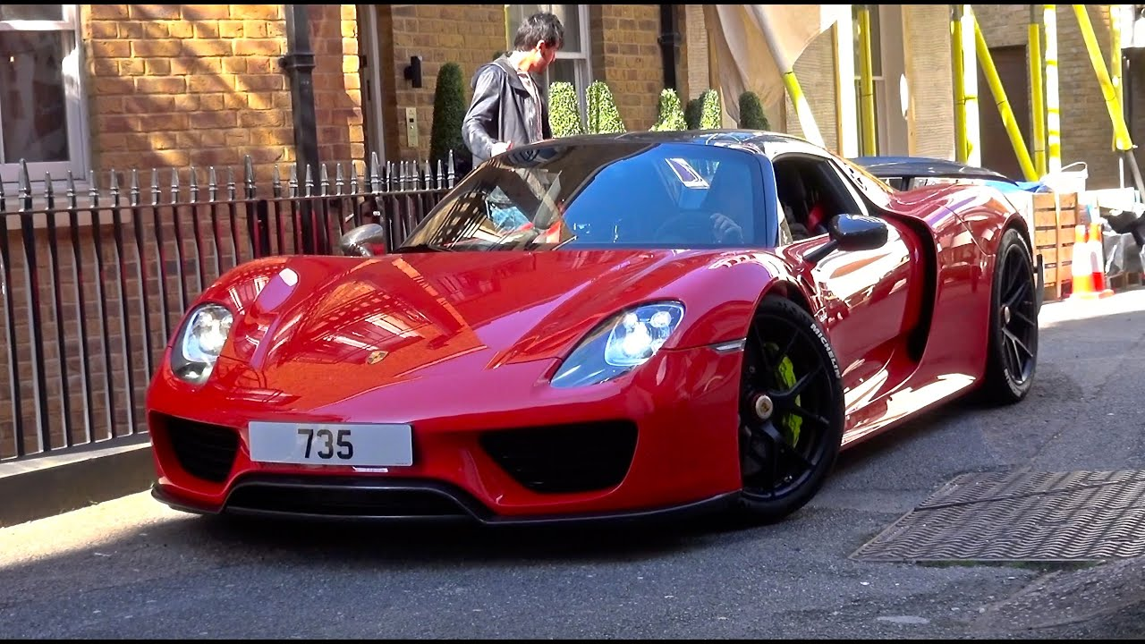 red porsche 918 spyder from qatar driving in london youtube. Black Bedroom Furniture Sets. Home Design Ideas