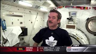 Chris Hadfield - GO Leafs GO - Toronto is the Centre of the Universe - Apr 10th 2013 (HD)