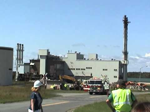 Implosion of the heat plant at loring airforce base (gone wrong)