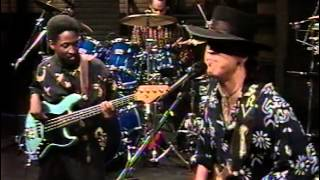 Stevie Ray Vaughan - Crossfire + Travis Walk (instrumental) [1989]